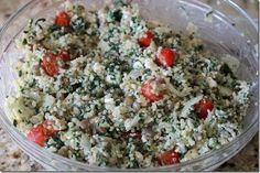 Quinoa Salad with tomatoes, toasted almonds, carrots, garlic and parsley with orange juice dressing Clean Eating Recipes, Healthy Eating, Cooking Recipes, Vegetarian Recipes, Healthy Recipes, Dinner Dishes, Recipes Dinner, Salad Recipes, Favorite Recipes
