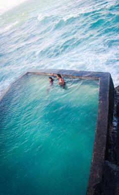 #Seaside_Pool, #Madeira, #Portugal http://en.directrooms.com/hotels/subregion/2-37-609/