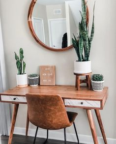 84 Gorgeous Apartment Decor Ideas Made From Wooden You Can Do - Home Design Room Lights Decor, Boho Bedroom Decor, Metal Dining Chairs, Decor, Room Decor Bedroom, Apartment Decor, Boho Bedroom, Interior, Home Decor