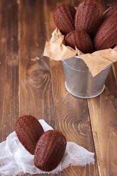 Mi colaboración de esta semana con Galletilandia son... Madeleines de chocolate. :)