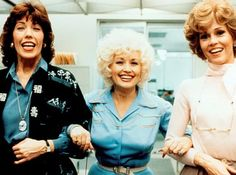 In an interview with Nightline, Dolly Parton revealed she is on board for a 9 to 5 sequel, as are her costars Lily Tomlin, Dolly Parton, and Jane Fonda. Movie List, Movie Tv, Movies To Watch, Good Movies, Funny Movies, Feminist Movies, Joel Grey, Amblin Entertainment, Life Tips