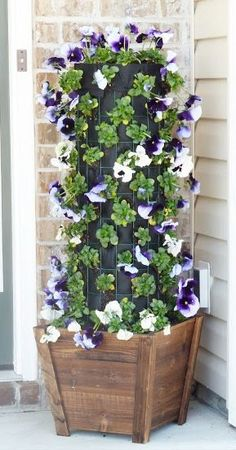 Here you will find a lot of pretty cool front door flower pot ideas. Beautiful Front Door Flower Pots To Make Your Outdoor Stylish and Impress Your Guests. Diy Hanging Planter, Diy Planter Box, Hanging Pots, Best Front Doors, Beautiful Front Doors, Large Flower Pots, Flower Planters, Types Of Flowers, Diy Flowers