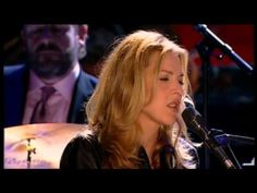 Eagle Rock Sampled - Diana Krall - Live in Paris - YouTube