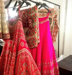 http://www.AnjuModi.com/Home.aspx 'Kashish' collection @ @thefdci #AICW2015 Couture Week