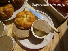 Majoránnás tejes-májas 🍴 Pancakes, French Toast, Eat, Breakfast, Food, Drink, Morning Coffee, Beverage, Essen