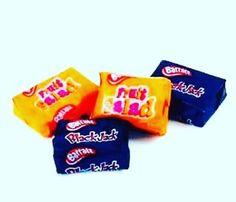 ...and the old school favorites! 😋 . . #blackjacks #fruitsalads #sweets #candy #nostalgia #schooldays #instasweet #sweettooth #chew #biginireland #pennysweets #schoolfavourite #ireland #igrewupinthe80s #igrewupinthe70s #cornerstore #oldfavorite #dublin #barretts #sweeties
