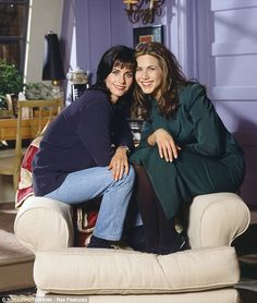 Ever so close! Jennifer Aniston and Courteney Cox have known each other for over two decades after starring in hit TV series Friends together Friends Moments, Friends Show, Friends Forever, Friends In Love, Friends Girls, Monica And Rachel, Boyfriend Justin, Friend Together, Justin Theroux