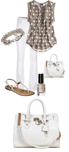 Love the top and love the taupe and white combo!  Cute summer purse!!
