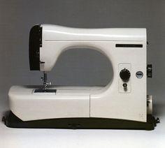 Marco Zanuso. Macchina per cucire. Borletti modelo 1102. Compasso d'oro 1956
