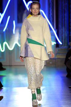 Tsumori Chisato Fall 2012 Ready-to-Wear