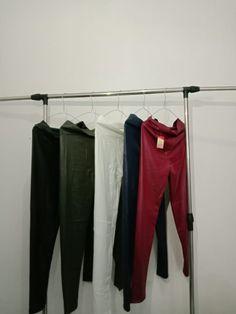 60 Gambar Pusat Legging Wanita Keren 62 895 3081 4554 Terbaik Di 2020 Legging Wanita Celana