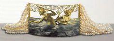 Two Naiads' choker René Lalique Eye Jewelry, Glass Jewelry, Jewelry Art, Gold Jewelry, Jewellery, Pearl Jewelry, Art Deco, Vases, Lalique Jewelry