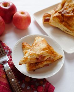 Five Ingredient Apple Turnovers - Blue Apron  1 sheet frozen puff pastry (about 10 ounces), defrosted 1 tablespoon butter 3 apples 1 teaspoon cinnamon 1/4 cup sugar 2 tablespoons milk or an egg beaten in a small dish with some water (optional)