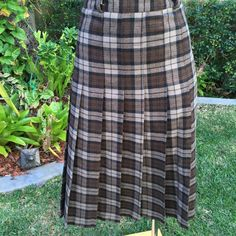 Vintage Italian Shades of Brown Check Plaid Wool Skirt Size 10  FREE WORLDWIDE SHIPPING by PippiLime on Etsy