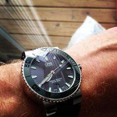 Throwback Thursday. #womw #watchfam #wornandwound #watchtime #practicalwatch #crownandbuckle #watch #watchnerd #oris @oriswatch by sweepingseconds