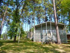 Property in Cedar Creek Lake, Gun Barrel City, Athens, Moore Station, Terrell, Wills Point, Payne Springs, Texas: Chandler, TX Lakefront Real Estate