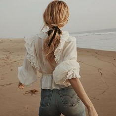 Casual And Stunning Ponytail Hairstyles Which You Will Love; trendy hairstyles and colors; Easy Style, Style Me, Look Fashion, Spring Fashion, Fashion Outfits, Beach Fashion, Cheap Fashion, Fashion Boots, Fashion Women