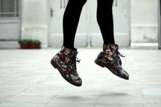 Jump! Floral 1460s