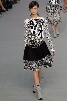 Chanel Spring 2006 Ready-to-Wear
