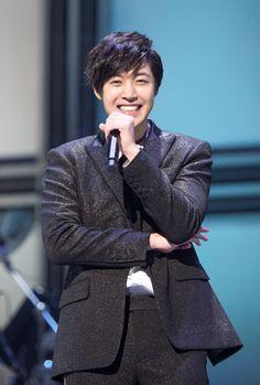 キム・ヒョンジュン ソロ5周年記念『The Best of KIM HYUN JOONG』今秋発売!