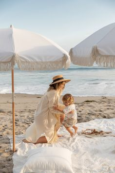 White Pearl Beach Umbrella