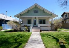 1910 historic Bozeman home across from Cooper Park!