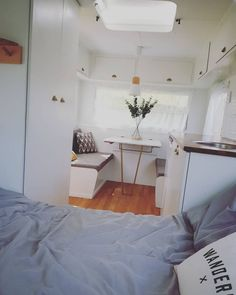 Love looking at DIY caravan makeovers? That's why we've put together a selection of beautiful caravan renovations. Diy Caravan, Caravan Living, Retro Caravan, Camper Caravan, Caravan Ideas, Caravan Storage Ideas, Caravan Hacks, Camper Trailers, Rv Living