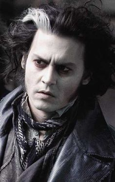 "Johnny Depp in ""Sweeney Todd: The Demon Barber of Fleet Street"" DIRECTOR: Tim Burton. High School Musical, Step Up, Les Miserables, Sweeney Todd Costume, Film Tim Burton, Johnny Depp Movies, Johny Depp, Fleet Street, Character Makeup"