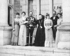 Princess Sophia of Prussia, Crown princess of Greece, Princess Victoria of Prussia, Princess of Schaumburg-Lippe, Kaiser Wilhelm II, Empress Frederick, Princess Charlotte of Prussia, Duchess of Saxe-Meiningen, Prince Heinrich of Prussia & Princess Margaret of Prussia, Hereditary Princess of Hesse.