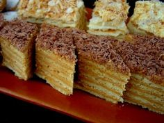 Торт «Микадо» (армянский рецепт) Russian Desserts, Fancy Desserts, Russian Recipes, Baking Recipes, Cake Recipes, Armenian Recipes, Custard Cake, Torte Cake, Cake Business