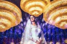 Ensaio de noiva da Carina dentro do Santuário Dom Bosco em Brasília-DF. Ensaio feito pelo fotógrafo Rafael Ohana. Visite www.rafaelohana.com #wedding #casamento #weddingbrasil2017 #wedd #mywed #casorio #bride #noiva #incrivelcasamento #lapisdenoiva #vestidodenoiva #fotografodecasamento #fotografiadecasamento #fotografodecasamentoembrasilia #doubleexposure #duplaexposicao
