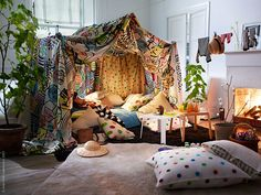 The ultimate pillow fort to make with @Cardine Kane   Bohemian Spirit https://www.facebook.com/pages/Bohemian-Spirit/199225050201258