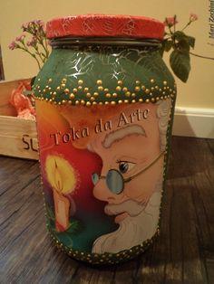 Pote em vidro, craquelado e decoupado, com detalhe em relevo dourado no tema de Natal, com a figura do papi noel ...