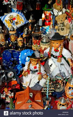 Munich, Bavaria, Germany. Souvenirs And Dolls Oin A Shop Window Stock Photo, Royalty Free Image: 77462016 - Alamy