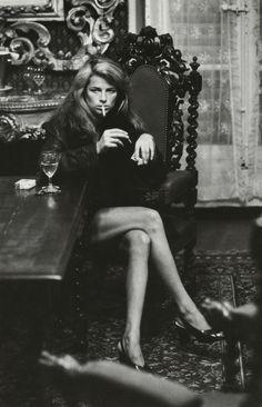blueblackdream: Helmut Newton, Charlotte Rampling, 1973