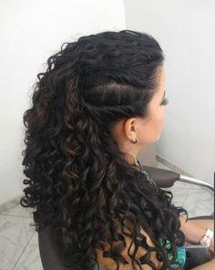 Curly Bridal Hair, Curly Wedding Hair, Long Curly Hair, Curly Hair Styles, Natural Hair Styles, Hairstyles Haircuts, Pretty Hairstyles, Wedding Hair Half, How To Make Hair
