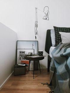 5 Different Nightstands That Rocks My Bedroom