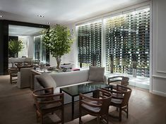 yes this glass wine wall!
