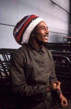 Go Nesta! Bob Marley Legend, Reggae Bob Marley, Bob Marley Pictures, Famous Legends, Marley Family, Jah Rastafari, Damian Marley, Robert Nesta, Nesta Marley