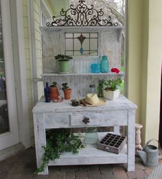 One Shabby Old House: Bench Bliss Potting Bench, Garden, DIY, Repurposed vintage finds, Vintage Garden
