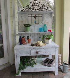 One Shabby Old House: Bench Bliss Potting Bench, Garden, DIY, Repurposed vintage finds, Vintage Garden