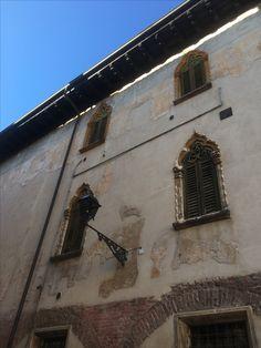 Beautiful window arches, Verona