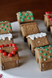 Engineer Baker: Mini-Gingerbread Houses - such a cute idea!