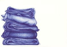 Ballpoint pen art By Andrea Joseph - a pile of folded clothes. Biro Art, Ballpoint Pen Art, Ballpoint Pen Drawing, Art Alevel, A Level Art, Gcse Art, Drawing Clothes, Drawing Sketches, Pen Drawings