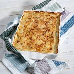 En krämig, lättlagad och lyxig potatisgratäng med massor av smak till våren och sommarens goda grillrätter.