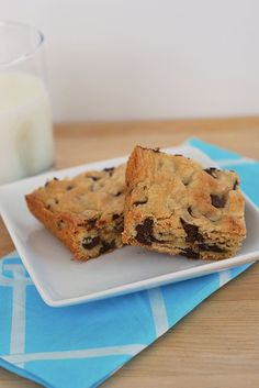 Chocolate Chip Cookie Bars - Fake Ginger