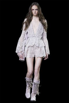 Jasmine macrame jacket with a deep V-neckline on macrame shorts, embroidered with crystals.