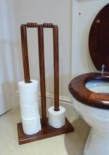 Watching the Cricket?Got any old equipment at home? Make yourself this quirky item for your bathroom #Ashes #upcycle