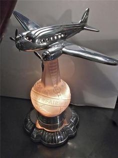 Art Deco 1939  New York Worlds Fair DC-3 Airplane Lamp