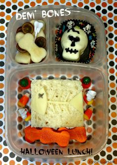 Keeley McGuire: Lunch Made Easy: MOMables Monday - Dem' Bones {Happy Halloween} Kids Lunch For School, School Lunches, Kid Lunches, Healthy Halloween Treats, Lunch Snacks, Lunch Box, Creative Food, Kids Meals, Snack Recipes